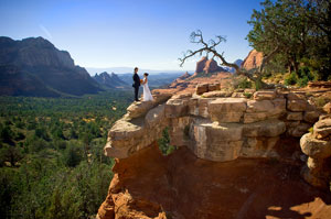 Outdoor wedding packages sedona arizona wedding planner for Affordable wedding venues in az